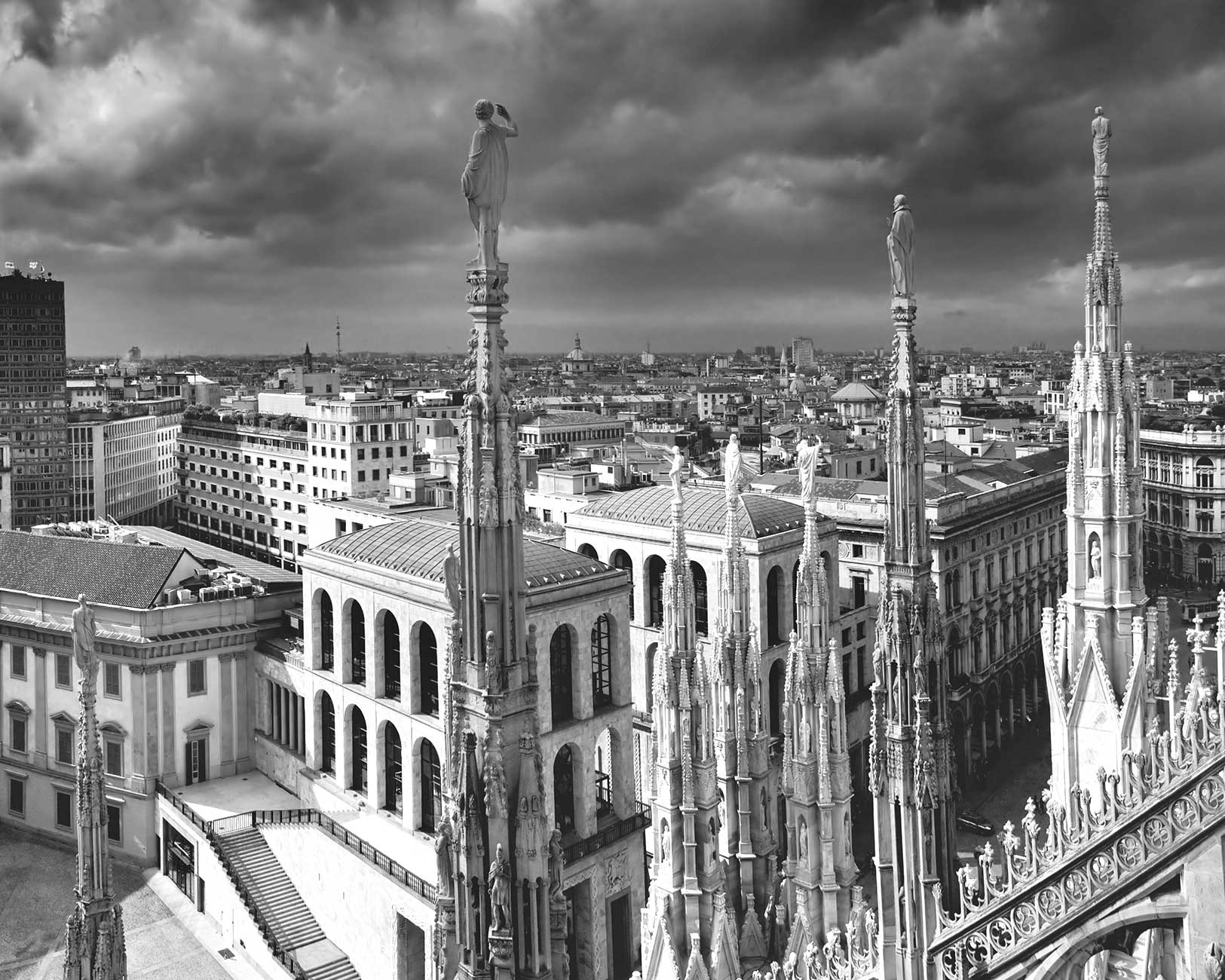 Black & white photo of Milan