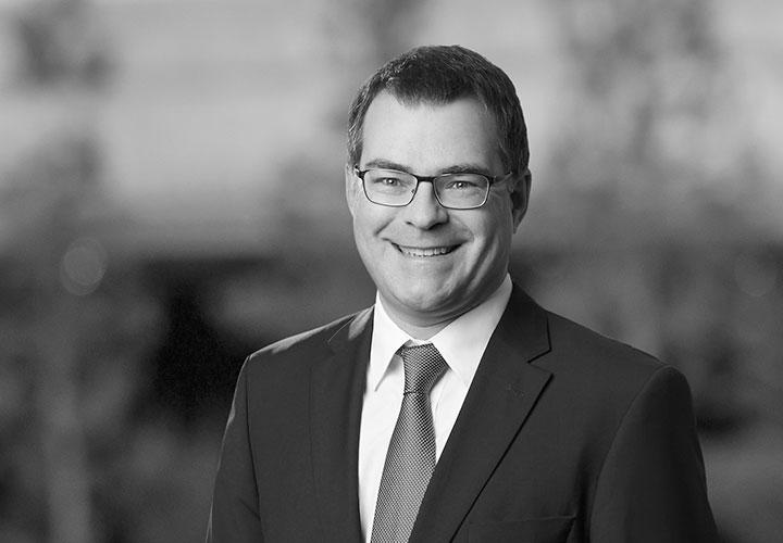 Bernd Schneider Net Worth