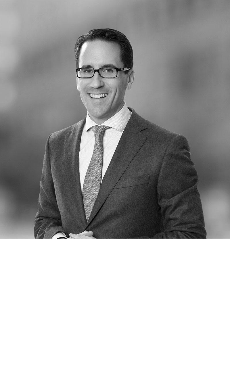 Dr. Jan-Philipp Hoos