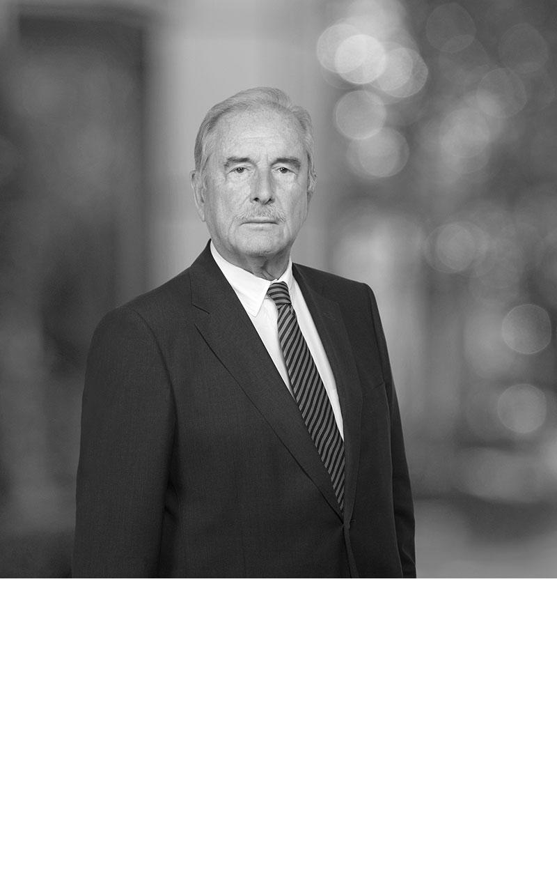 Prof. Dr. Nils Clemm