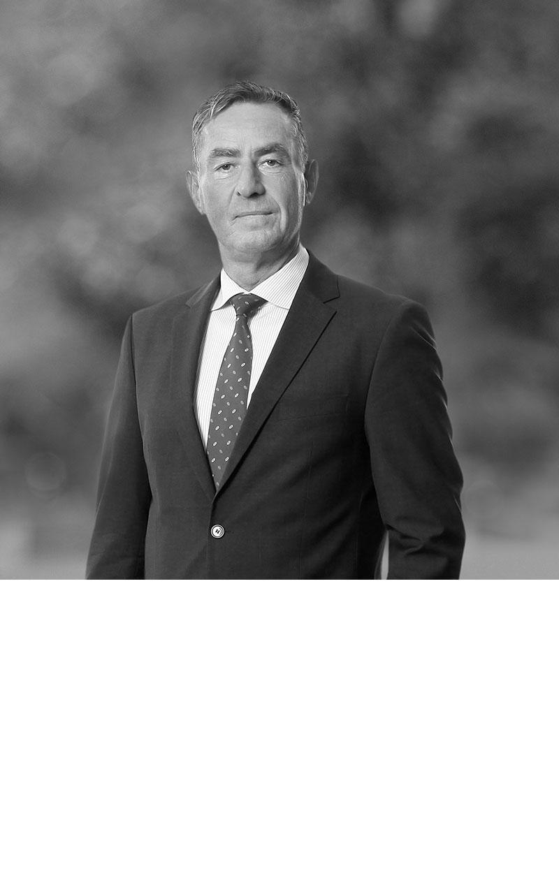 Dr. Ulrich Carlhoff