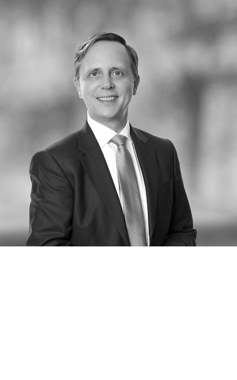 Dr. Biner Bähr