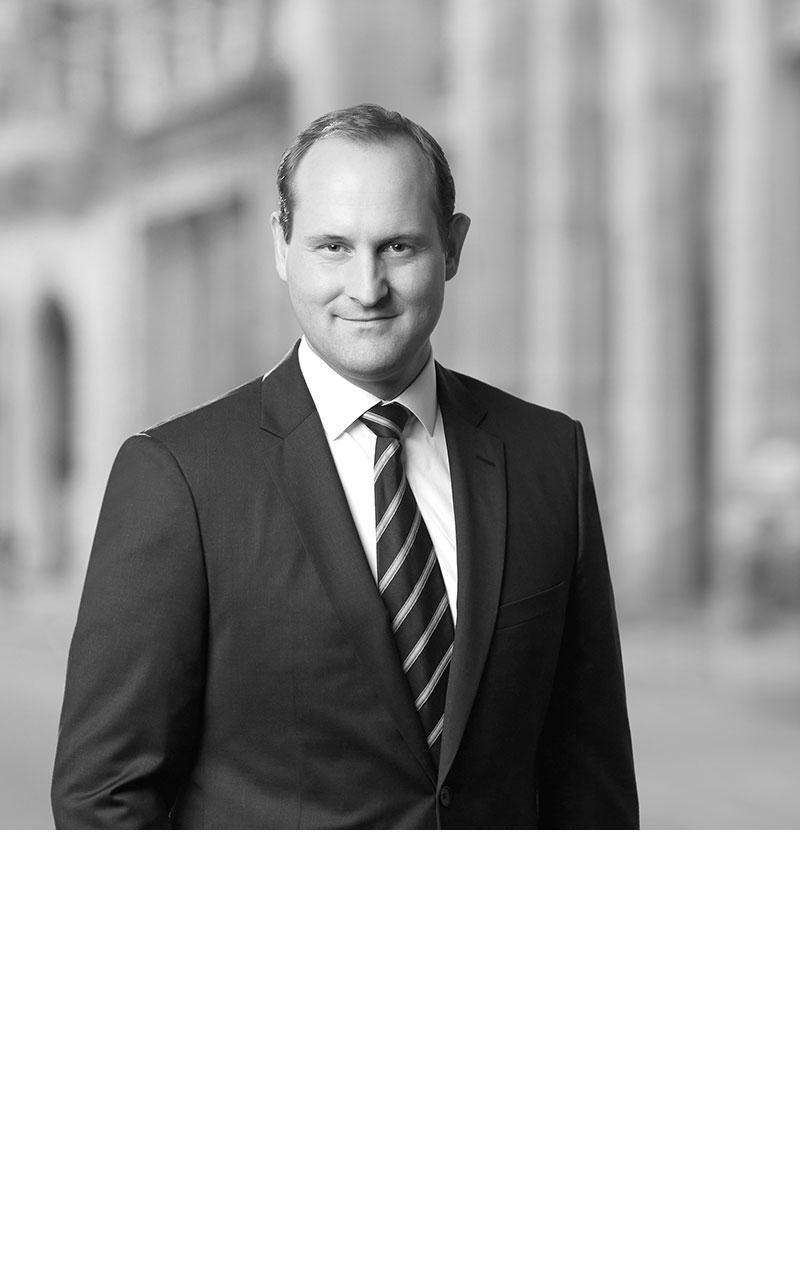 Dr. Stefan Feuerriegel