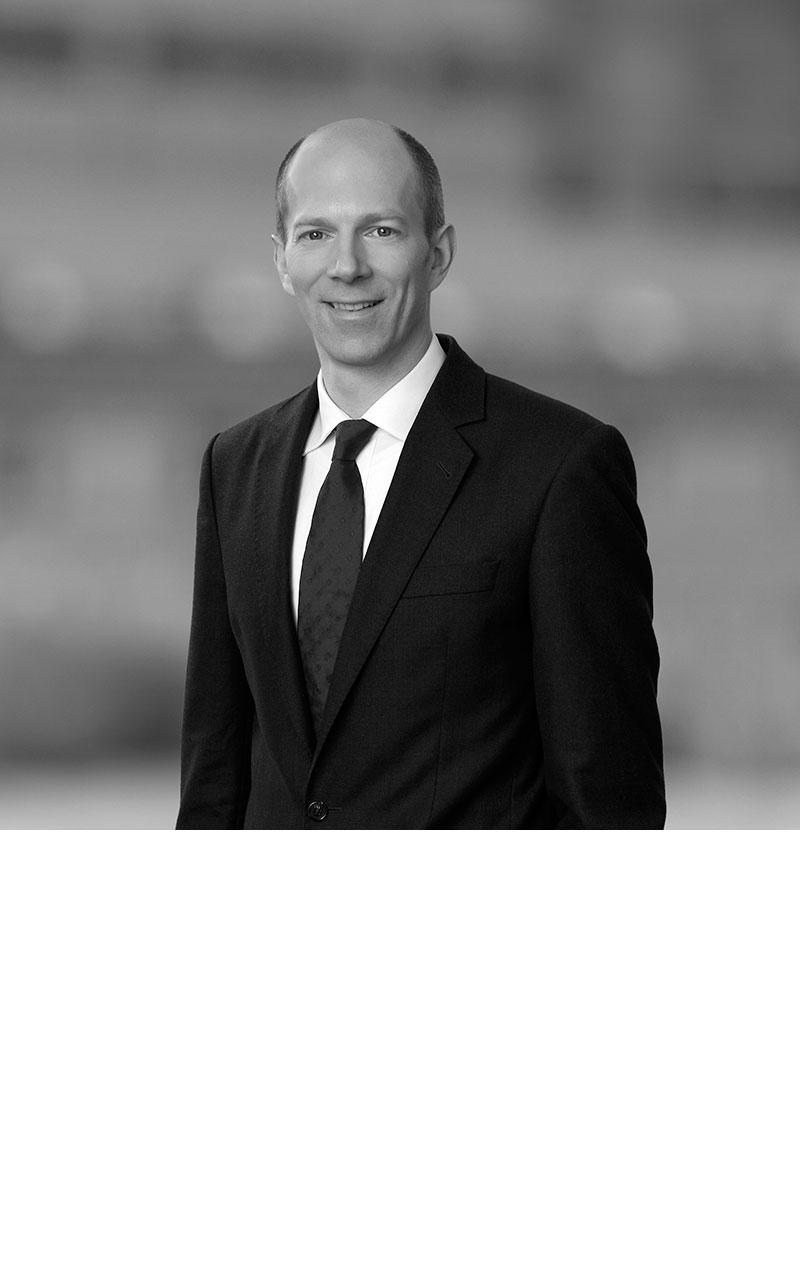 Dr. Benedikt Gillessen