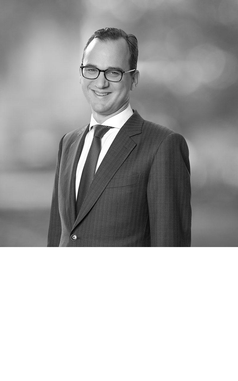 Dr. Daniel Schwartz