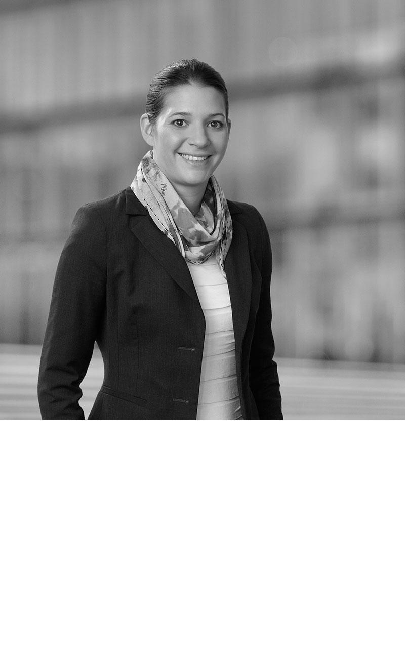 Dr. Cristina Freudenberger