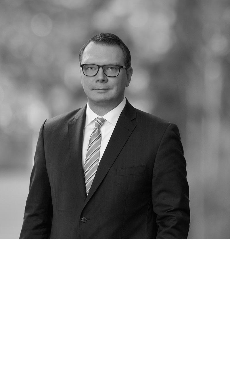 Dr. Tim Bracksiek