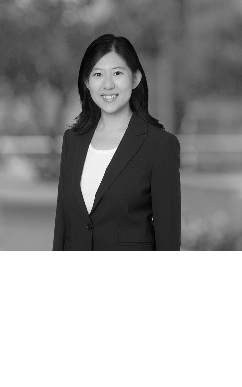 Julia (Yujia) Feng