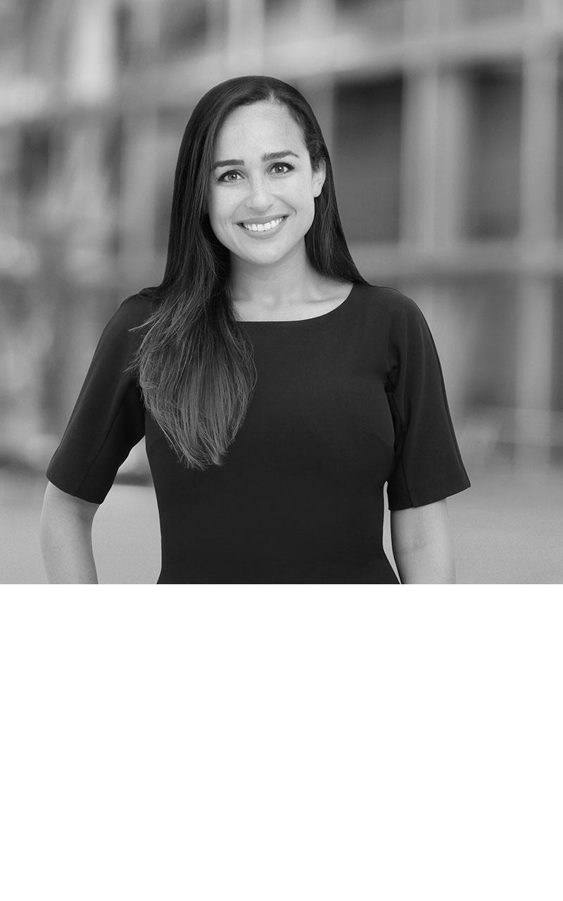 Stephanie Silk Cunha