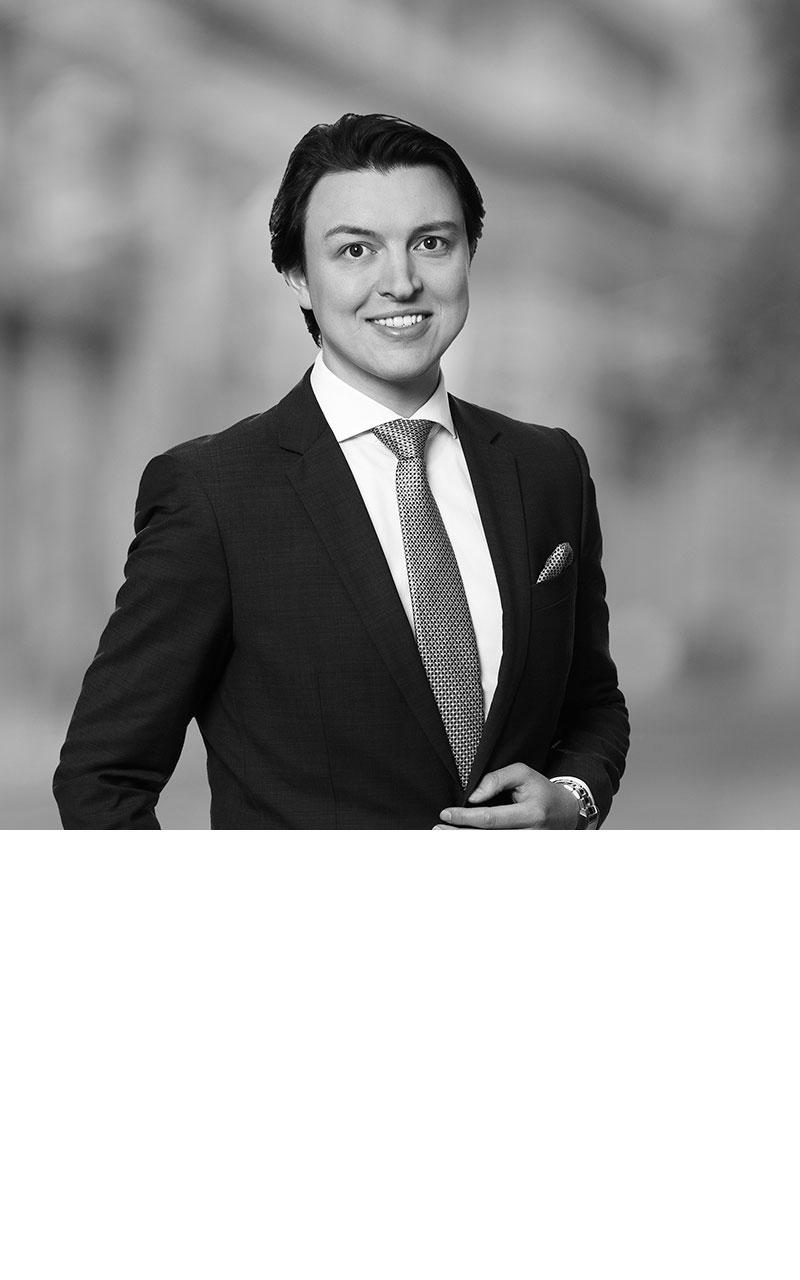 Dr. Federico Parise Kuhnle