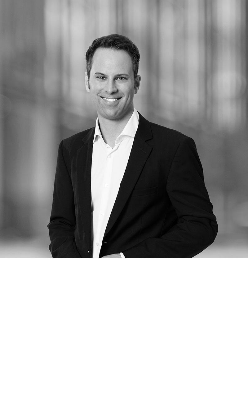 Dr. Jochen Hoerth